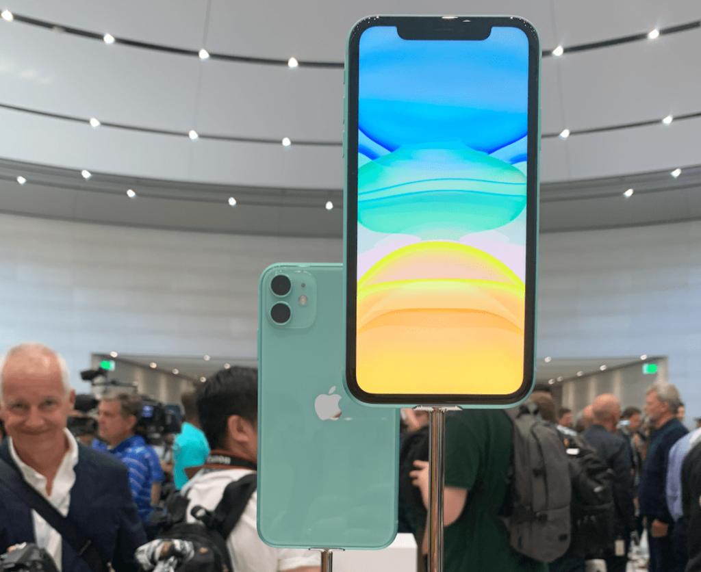 iPhone 11 - лучший из разряда цена/качество