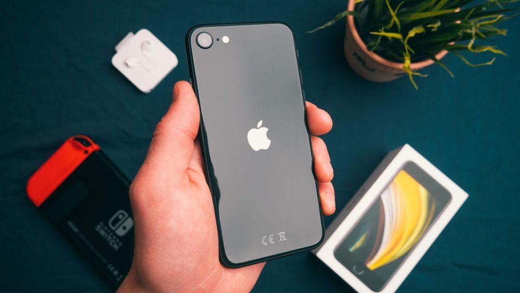iPhone SЕ - без лишних вопросов на ближайшие 4 года